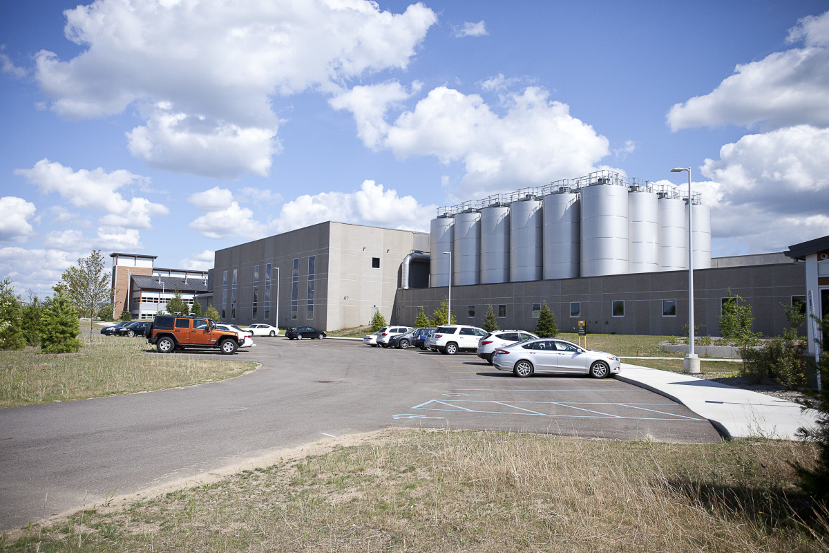Bell's Brewery, Inc. 2015 Expansion - Two Hearted & 800 Barrel Exterior