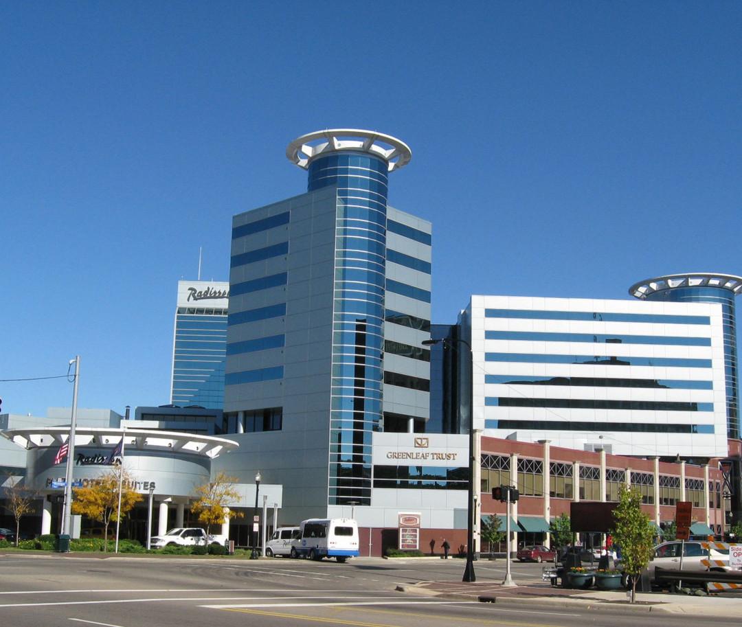 Radisson Plaza Hotel
