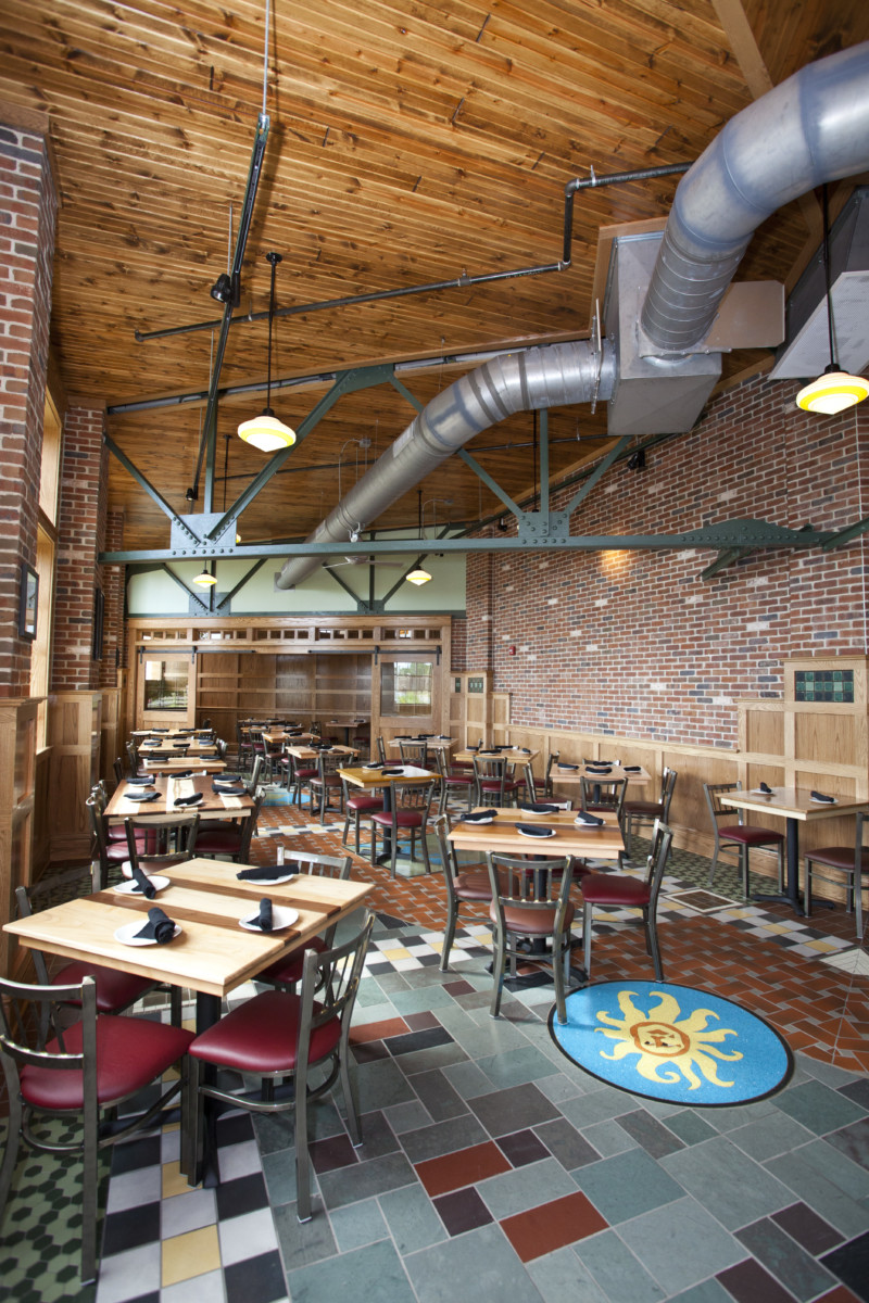 Bell's Pub Restaurant